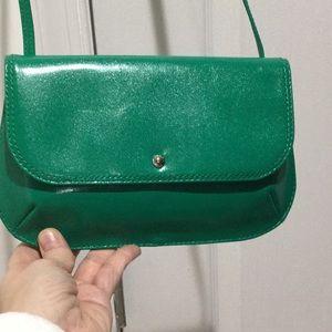 Hobo bright Kelly green cross body bag NWT perfect